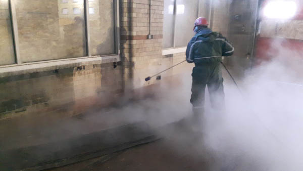blast cleaning, High Pressure Water Blasting, High Pressure Water jetting, surface cleaning, pressure washing services, UHP Water, Ultra High Pressure Water, yorkshire, lincolnshire, derbyshire, uk