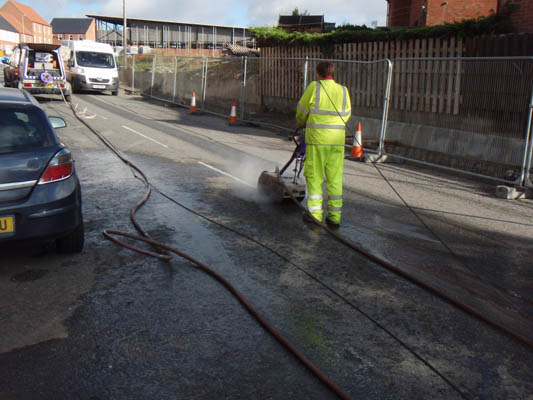 road mark removal, UHP, line marking removal, Ultra High Pressure Water, thermoplastic