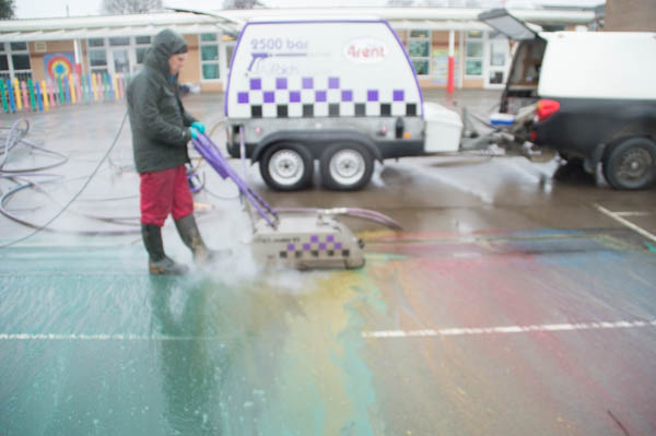 Ultra High Pressure Water, UHP, school playground, playground marking removal
